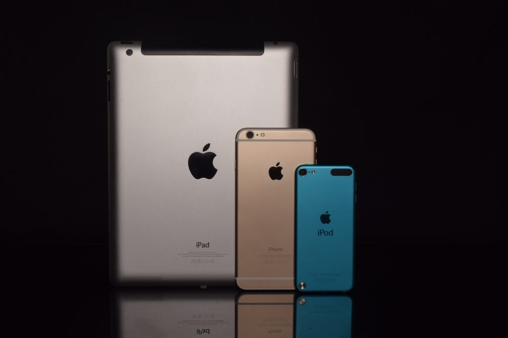 Space gray ipad gold iphone 6 and blue ipod touch